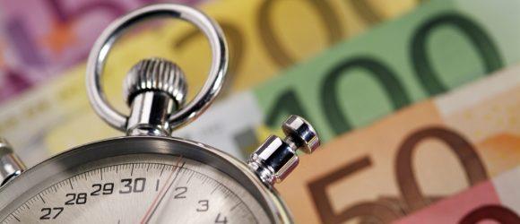 Die Finanzkrise wirkt sich auf Sparer und Anleger aus