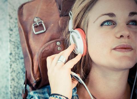 Musik kostenlos hören - die Anbieter und ihre Vor- und Nachteile