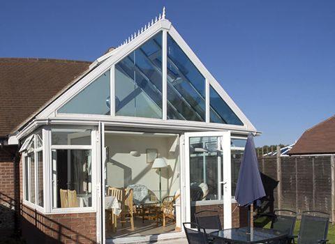 Wintergarten-Kosten richten sich nach den individuellen Wünschen des Hausbesitzers.