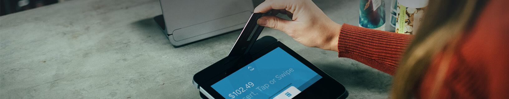Kreditkarte-im-ausland-nutzen-Desktop-HD